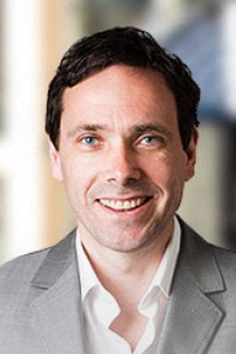 Prof. Robert van den Hoed